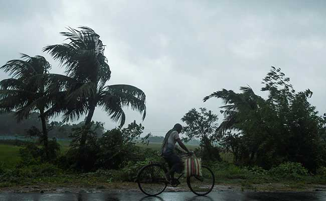 Wind Flows In Cyclone