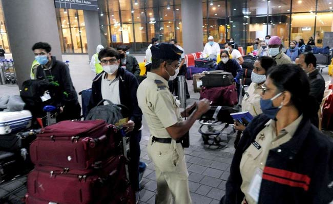 police checking in airport