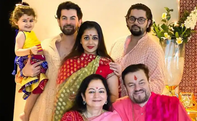 Neil nitin mukesh and his family members