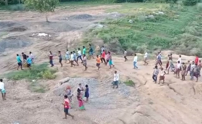 youth drowned & died in River