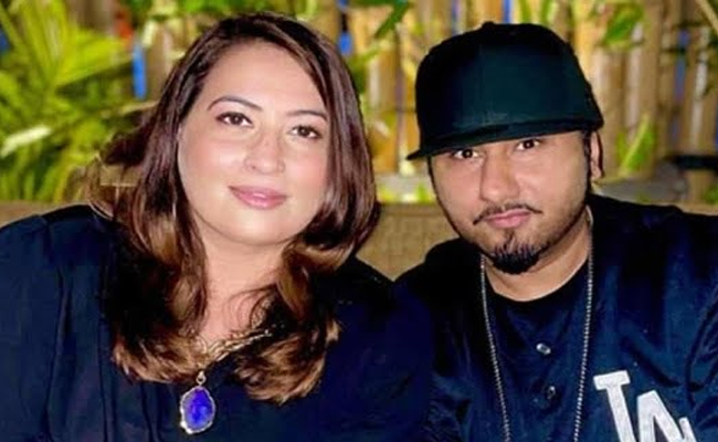 Honey Singh And his wife