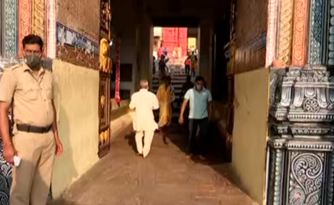 puri temple reopened for devotee